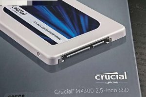 DLBrYmuU8AAVknl 300x200 - お前ら「SSD買うと起動時間早くなるんだぜ!」ドヤァ ← え っ ?  そ れ だ け ? w