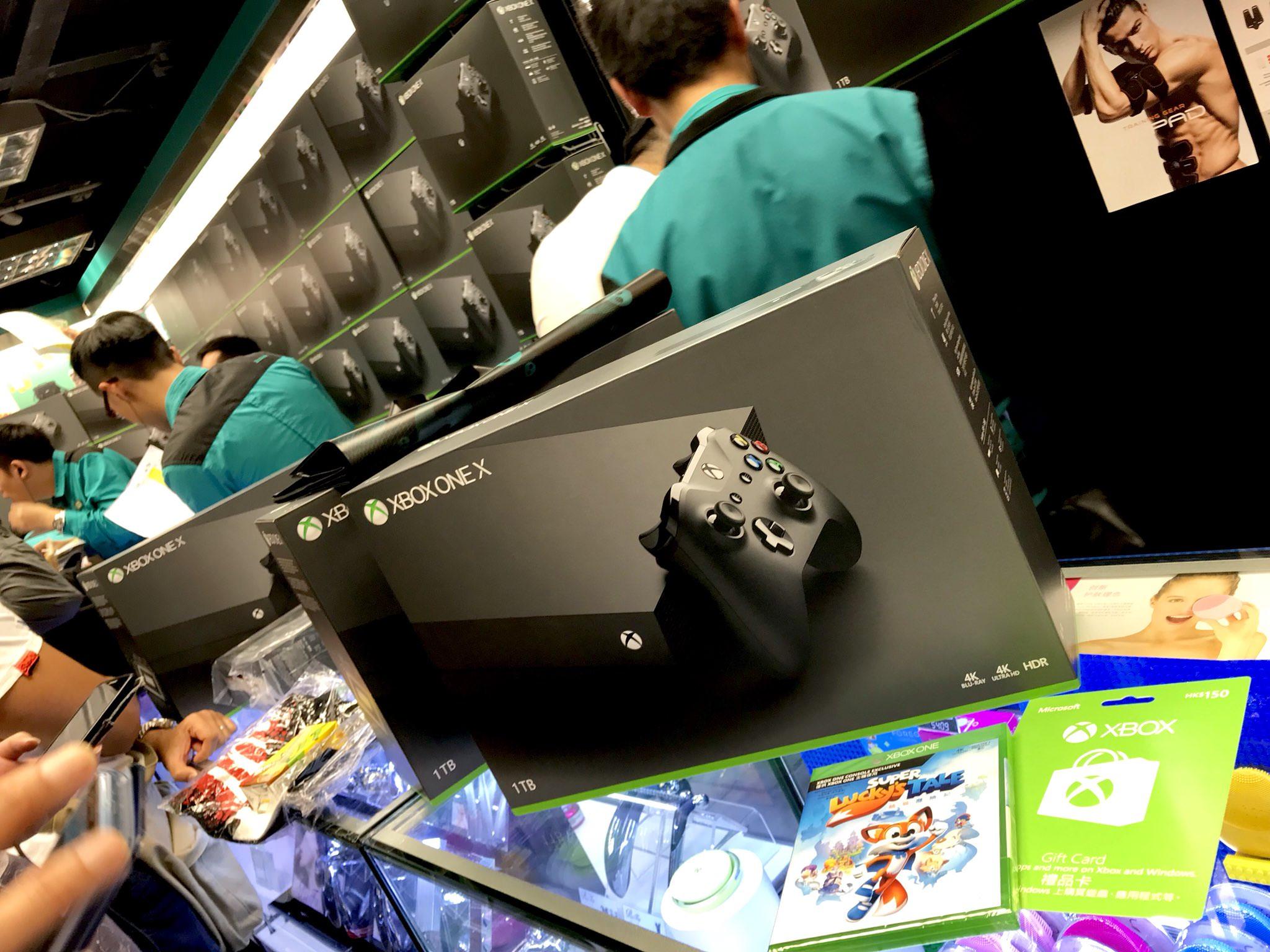 0xcKeC20lqjBo - ヤマダ電機「うちはXboxone Xの取り扱いはありません、他店の入荷もありません!」