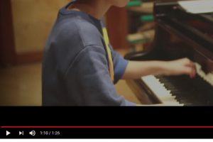 714bGeREtxzs8 300x200 - 【悲報】任天堂さんうっかりスプラトゥーンのレコーディングでソニー製のヘッドホンを使用してしまう