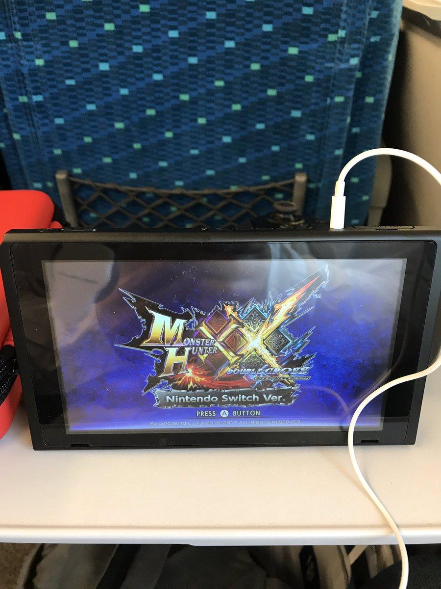 YMQ6OP8JJcRhR - 【朗報】新幹線でスイッチが大活躍してると話題に