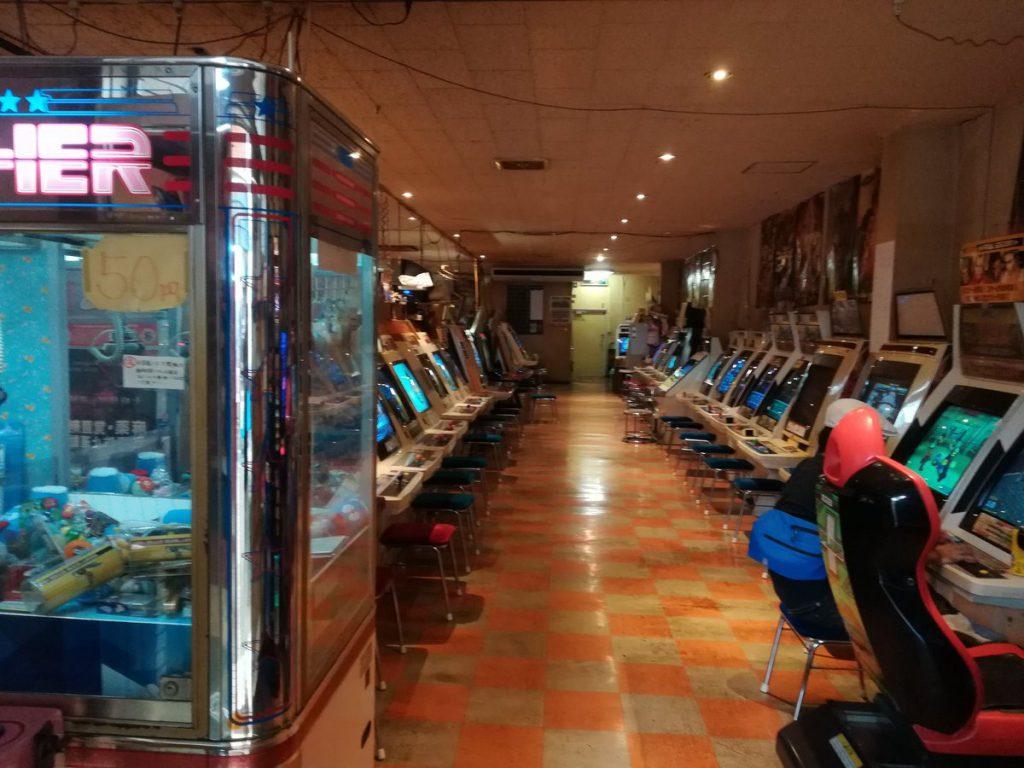 DoGvu6jU8AgSOB7 1024x768 - ゲームセンター、絶滅へ この10年で半減しさらに消費税10%がトドメに 店長「100円のゲームを110円に値上げできない。もう消えゆく業界」