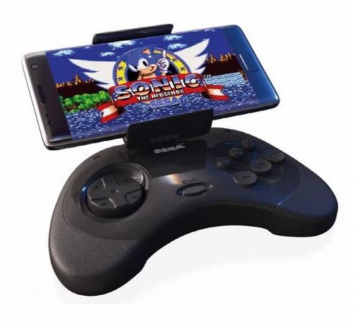 2 4 - セガサターンのコントローラーを模した「Android用スマホコントローラー」が発売。価格は8800円