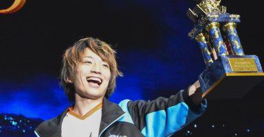 1 18 384x200 - 【eスポーツ】 カードゲームで日本人が優勝、1億円の賞金獲得!海外では賞金12億円の大会も開催されるほどeスポーツが盛り上がり
