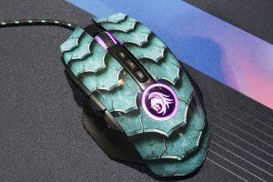 1 47 300x200 - 「ドラゴンの鱗」をイメージしためっちゃカッコいいゲーミングマウス「DrakoniaⅡ」が「発売。価格は5,000円