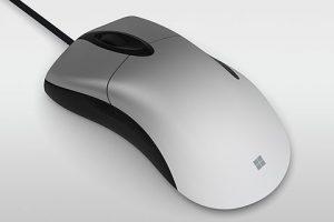 01 l 300x200 - マイクロソフト、名機を復刻したゲーミングマウス「Pro IntelliMouse」発売