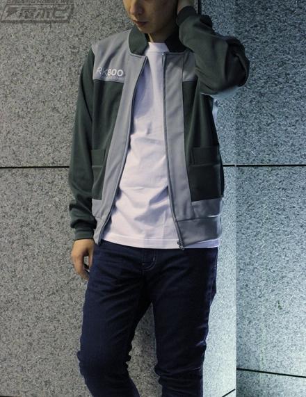 2 29 - 『Detroit:Become Human』コナーのジャケット風ジャージが登場! これを着れば冴えないケンモメンも冴えないおじさんになれるぞ!