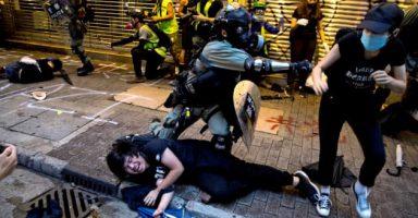 zpTno0nw 384x200 - 【悲報】米ゲーム大手、香港デモを支持したeスポーツ選手を出場停止に