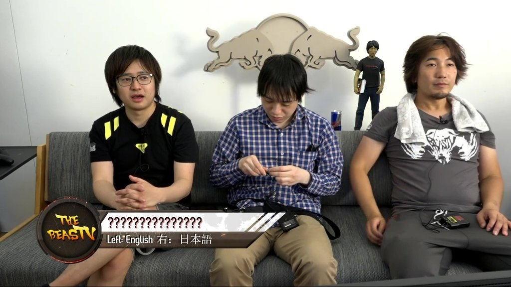"""4 5 - 格闘ゲームの神 """"ウメハラ"""" 完全におかしなオジサンになってしまう……"""