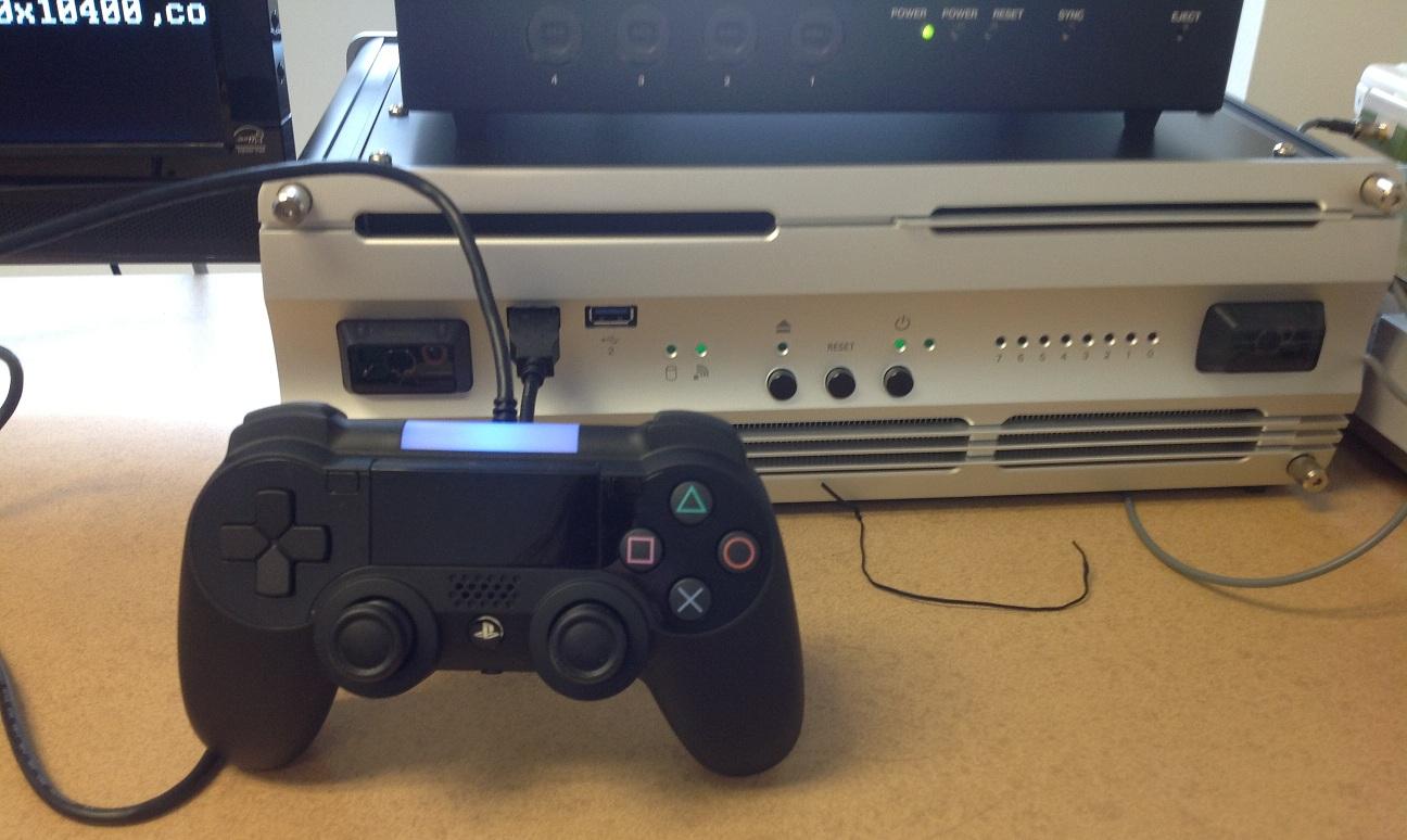 KjzOGBt - PS5の開発機+デュアルショック5の画像が流出