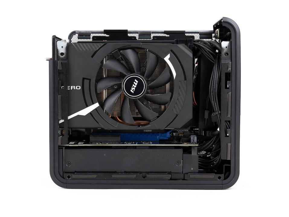 205800kb1zntnnbbmmfsnu w1280 - 新マザボ規格「Razer Tomahawk N」採用のゲーミングPCが発売、NUCサイズでフルタワー級の超冷却が可能