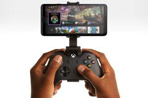 XboxServices GmStrmng Hero 2019 Male1 RGB HomeScreen Edit 300x200 - 速報、本日から日本を含む全ての国でXcloud開始へ