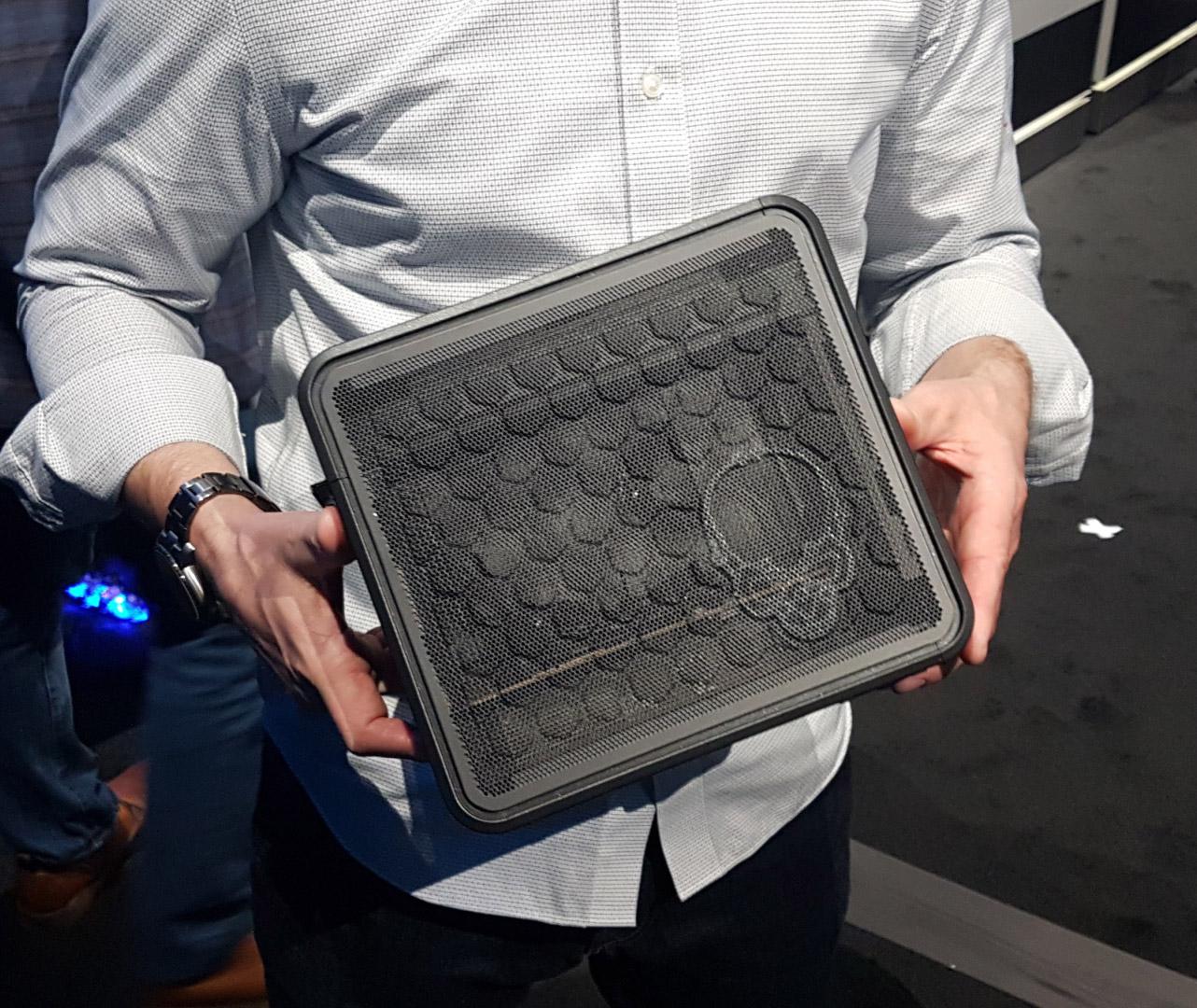 intel ghost canyon nuc - 新マザボ規格「Razer Tomahawk N」採用のゲーミングPCが発売、NUCサイズでフルタワー級の超冷却が可能
