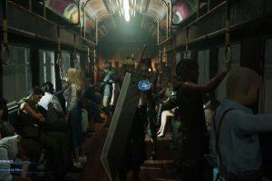 ugaWk2C 300x200 - 【悲報】クラウドさん、クソデカソードを背負って電車を闊歩...
