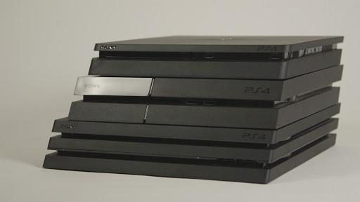 EZWMxGbXkAIDyVO - PS5の厚みがPS4Proの2倍になるというリーク