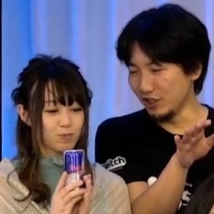 """3 17 - 日本だけ""""プロゲーマー""""より""""絵""""の方が地位高いの悲しいよな。この国からFakerやs1mpleみたいなeスポーツスターは現れないのか?"""