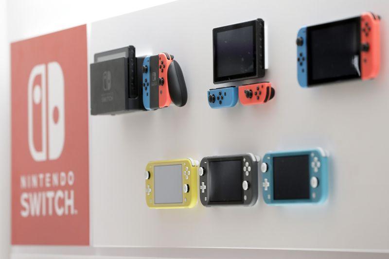 3 7 - 任天堂、スイッチ生産台数を再び引き上げ、ゲーム需要増加