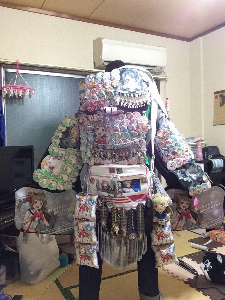 B5eK8pPCIAIw00T - 【悲報】プリキュアさん、14万円の缶バッジセットを販売してしまう