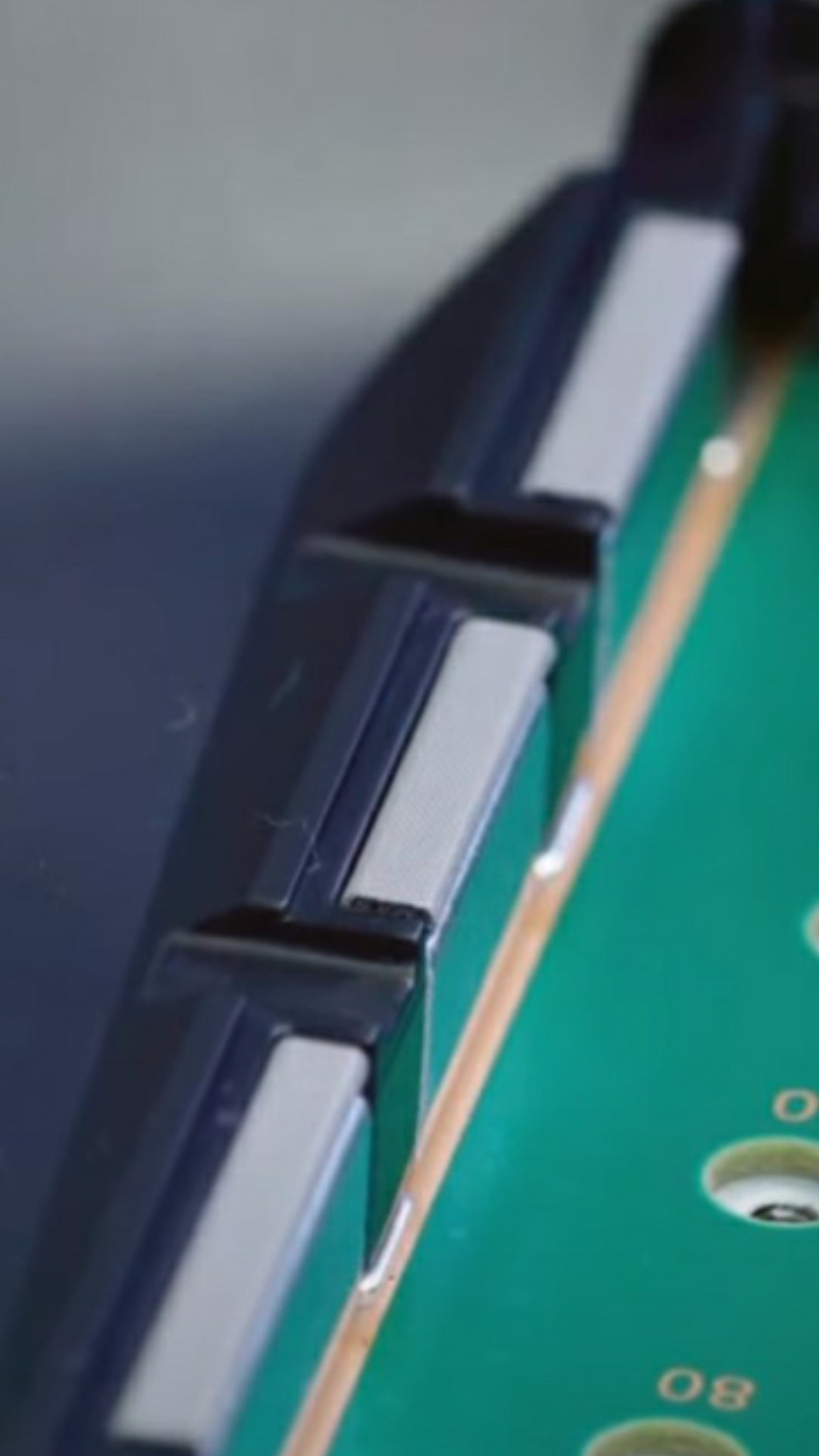 0md0N4w - DF「PS5は内蔵SSD逝ったら交換修理だし拡張SSDも冷えねーだろコレ」